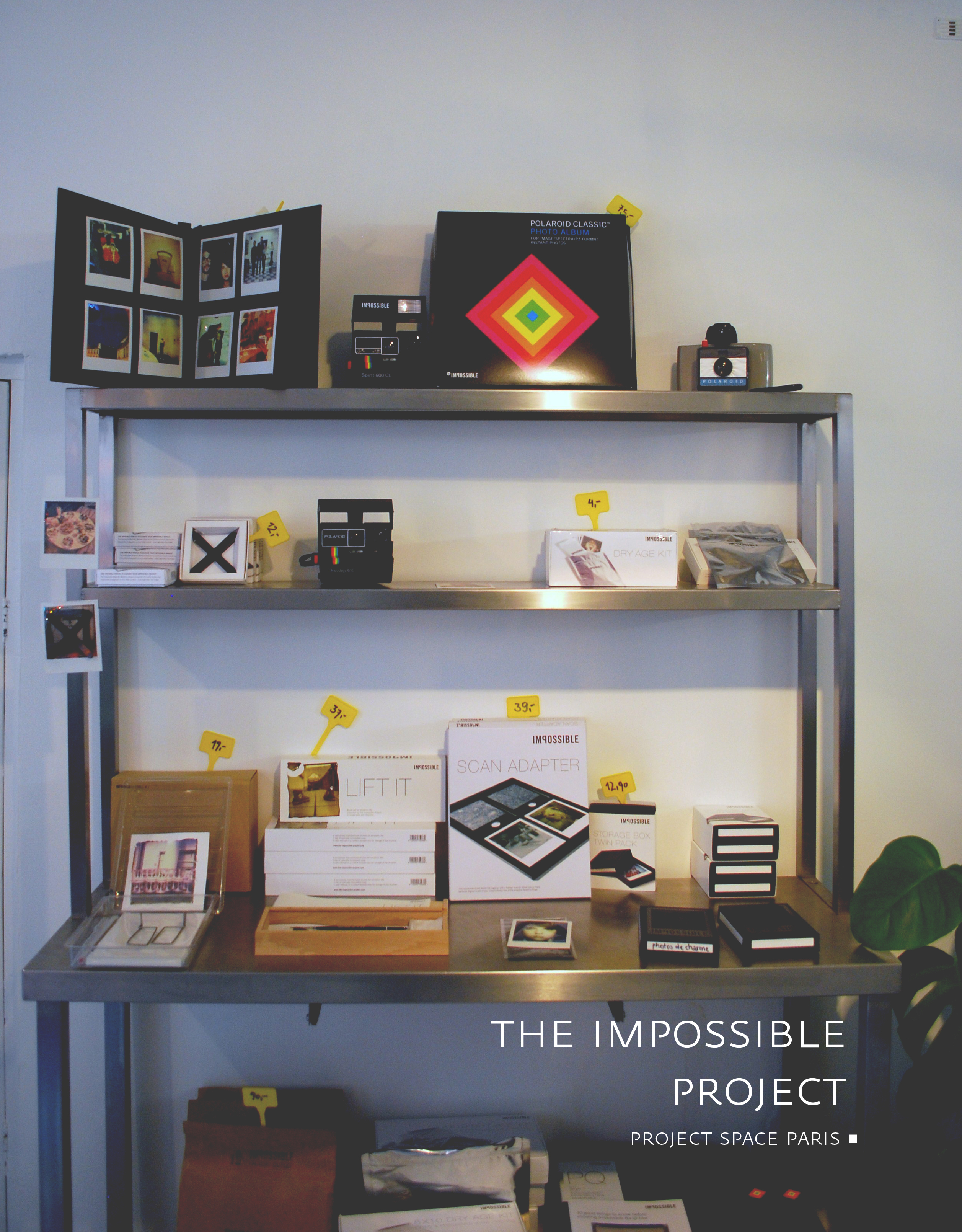 the-impossible_project_polaroid_store-paris-by-the-polyedre_visuel copie
