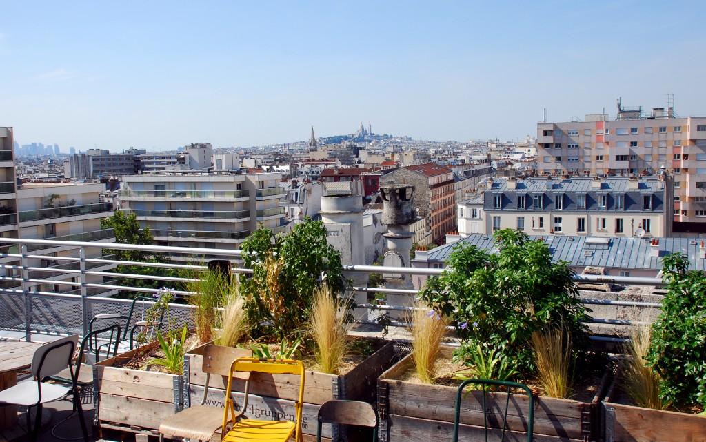 Le perchoir rooftop avec vue sur toits parisiens le poly dre - Les cents ciels paris 11 ...