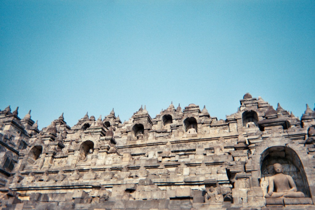 carnet-voyage-indonesie-java-borobudur-appareil-photo-jetable-argentique-cityguide-by-le-polyedre (21)