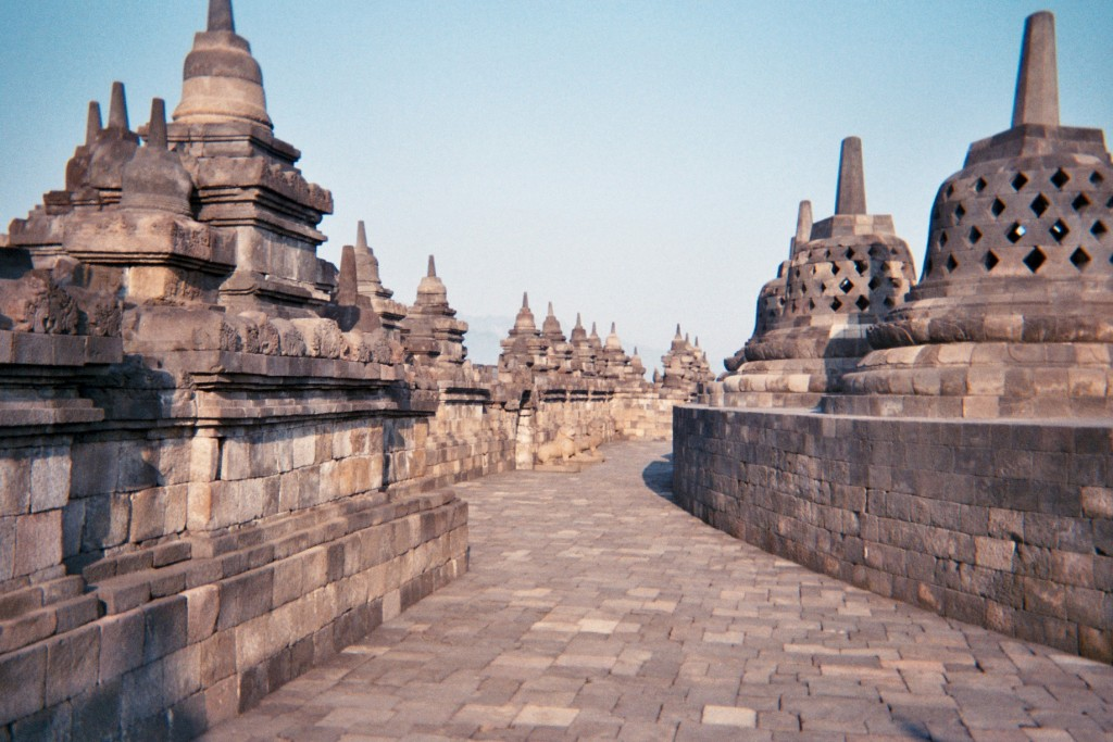 carnet-voyage-indonesie-java-borobudur-appareil-photo-jetable-argentique-cityguide-by-le-polyedre (23)