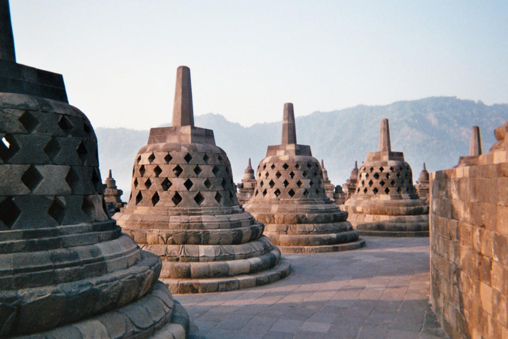 carnet-voyage-indonesie-java-borobudur-appareil-photo-jetable-argentique-cityguide-by-le-polyedre (27)