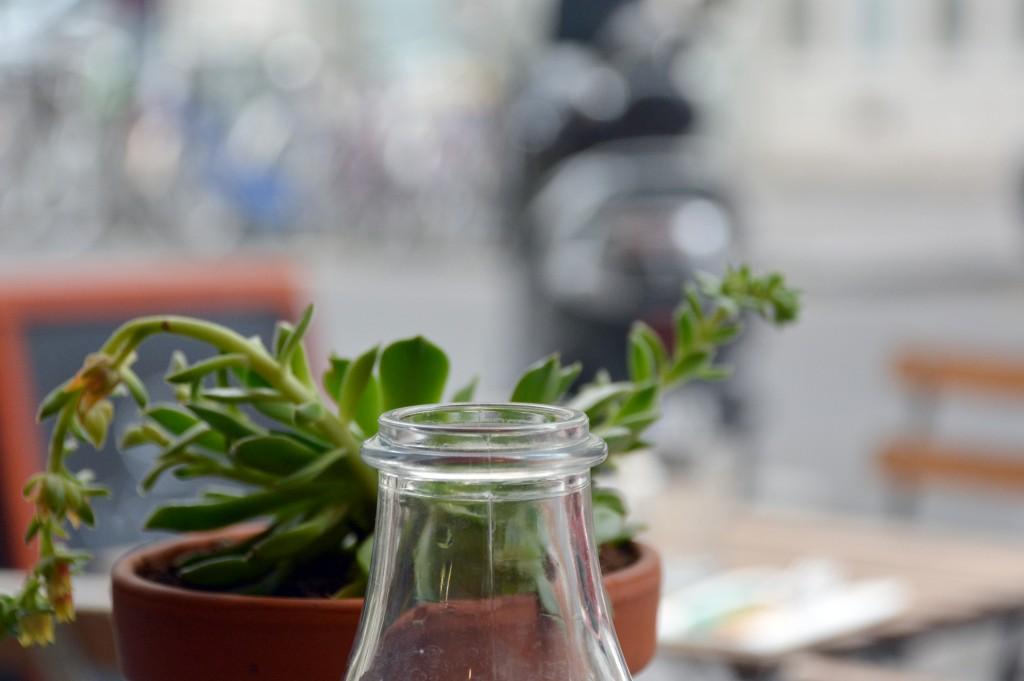 chez-hipolene-restaurant-epicerie-cafe-paris-by-le-polyedre_1