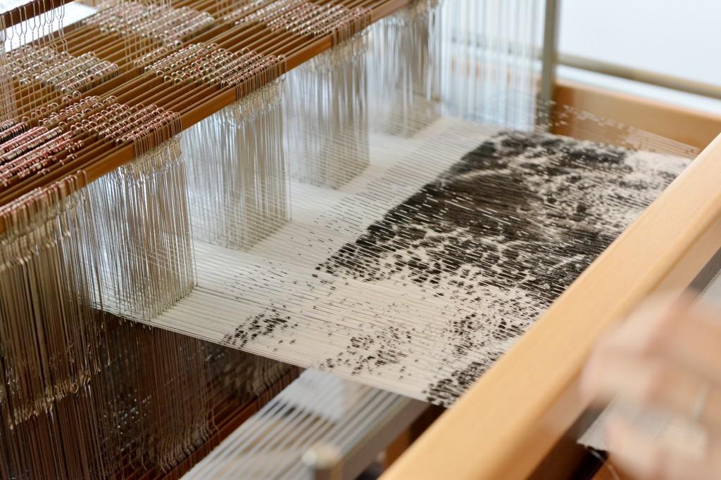 rencontres-morgane-baroghel-crucq-designer-textile-lauréat-prix-jeune-création-ateliers-art-de-france-by-le-polyedre (5)