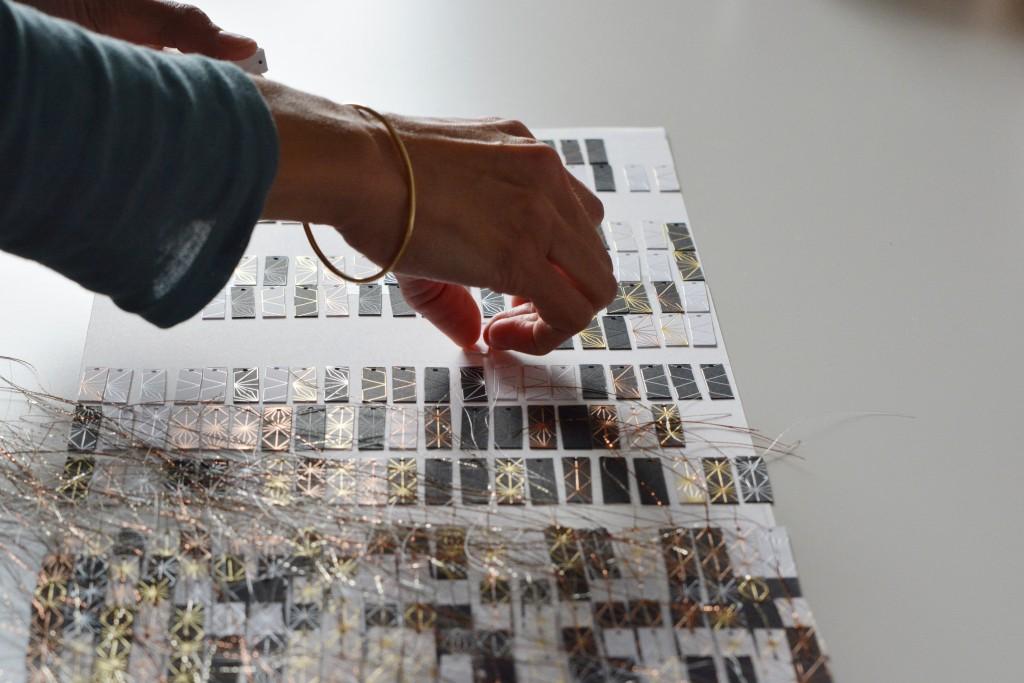 rencontres-anne-laure-coullomb-tisserande-lauréat-prix-jeune-création-ateliers-art-de-france-by-le-polyedre (8)
