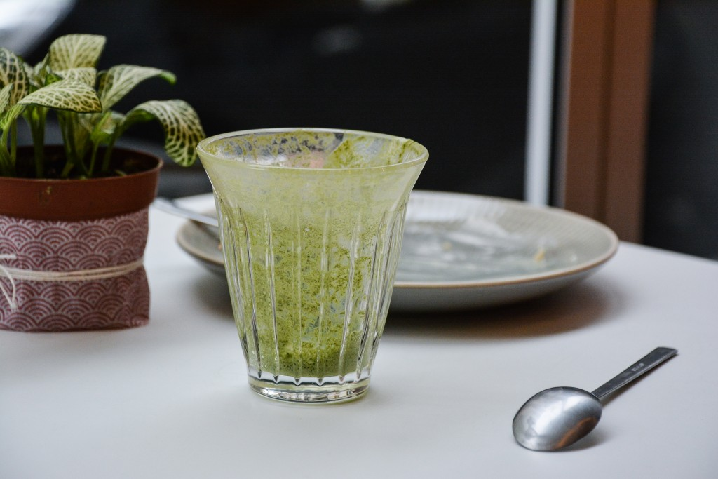 umami-matcha-cafe-restaurant-boutique-paris-by-le-polyedre (13)