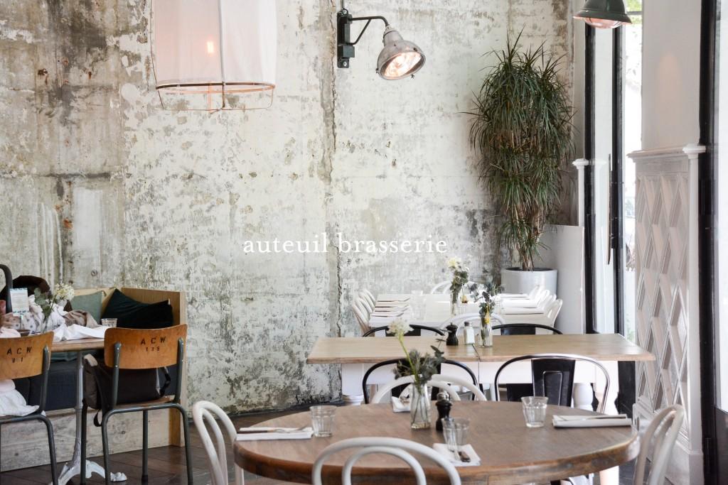 auteuil brasserie le poly dre. Black Bedroom Furniture Sets. Home Design Ideas
