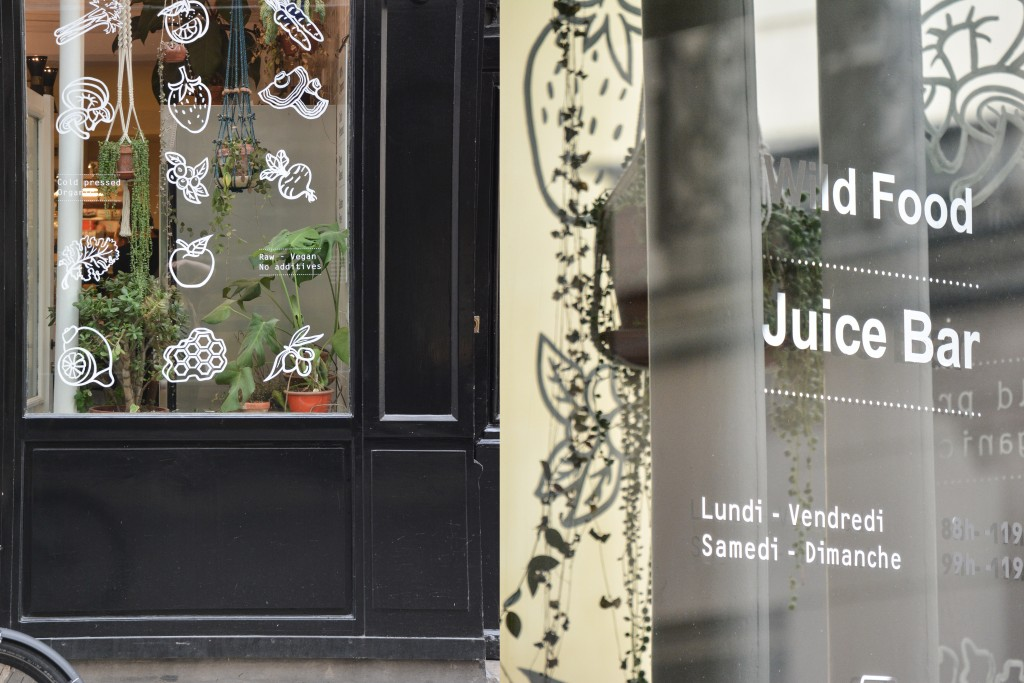 wild-and-the-moon-juice-bar-restaurant-paris (36)