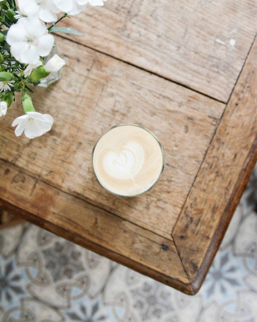 Nouvel article sur wwwlepolyedrecom  passagercafe le nouveau coffee shophellip