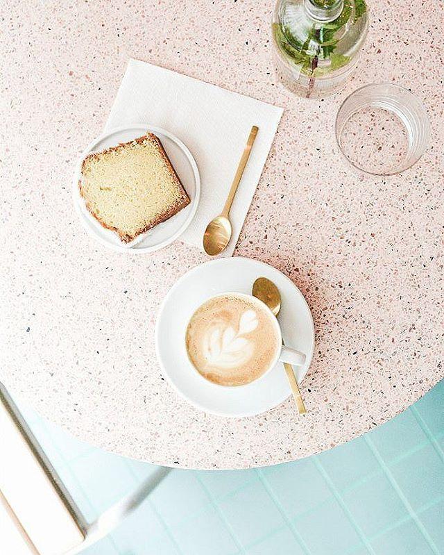 Nouvel article sur wwwlepolyedrecom  le caf fleurs peoniesparis ohellip