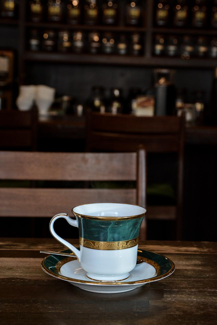 Le kissaten Higashide Coffee à Kanazawa dans les Alpes Japonaises