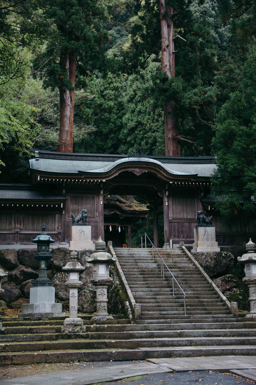 Visiter le sanctuaire Okamoto Otaki dans la prefecture de Fukui au Japon