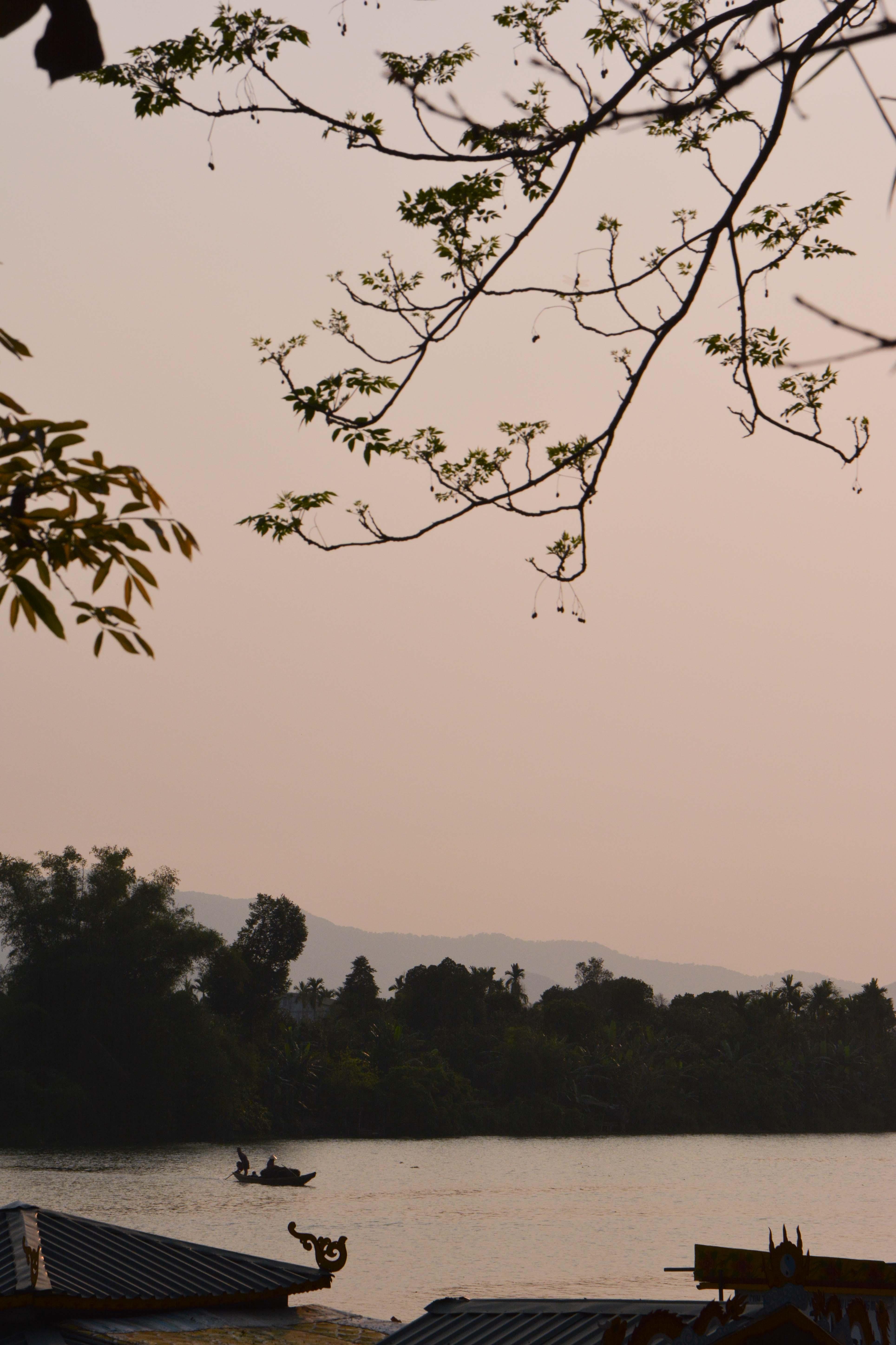 La rivières des parfums à Hué, au Vietnam